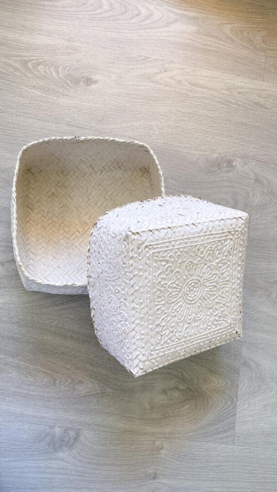 caja boho chic white