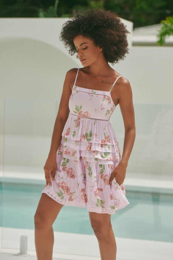 Vestido de tiras color rosa